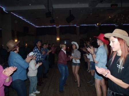 Cowboy line dance